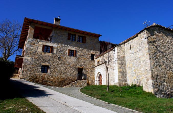 Casa de piedra ariz navarra - Casa de piedra porcuna ...