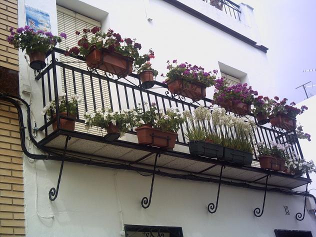 I concurso de rejas balcones y terrazas montalban de - Balcones y terrazas ...