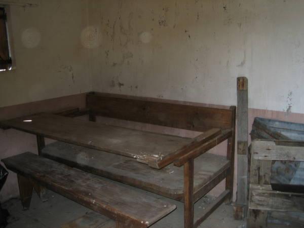 Mesa y esca o juntos la mesa se levanta al entrar la riera le n - Mesa que se levanta ...