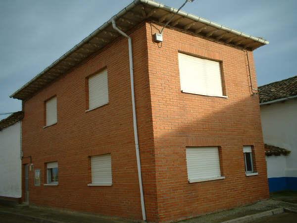 Consultorio y casa la villa villambroz palencia for Casa la villa