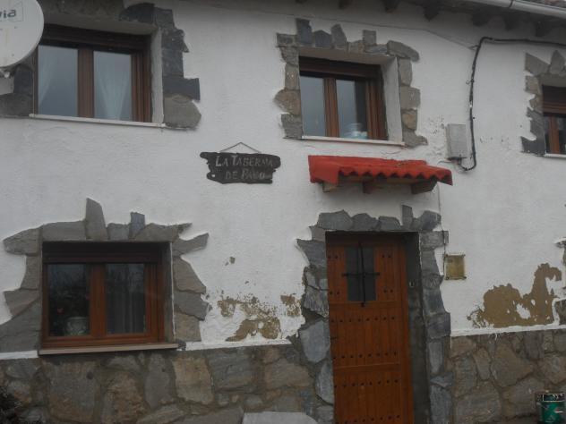 Tejadillo sobre la puerta y ventanas cantoral palencia - Tejadillo para puerta ...