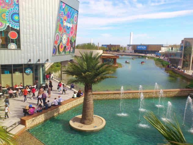Puerto Venecia Centro Comercial Zaragoza