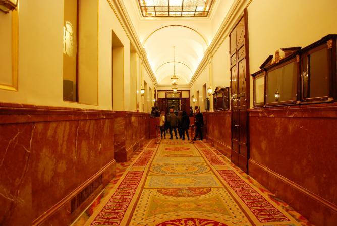 Pasillos del Congreso de los Diputados 01011192