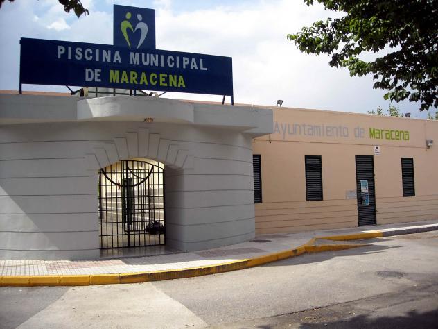 Piscina municipal c d maracena granada for Piscina municipal de granada
