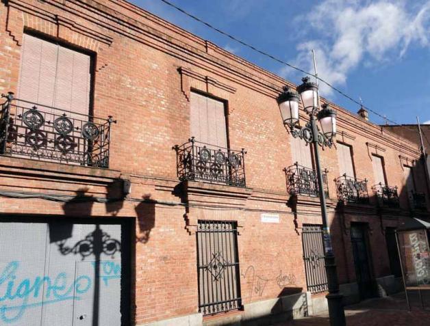 Casa balcones forja fuenlabrada madrid - Balcones de forja antiguos ...