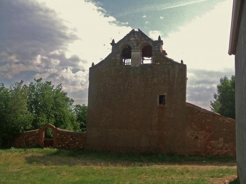 Resultado de imagen de Aldealázaro. La iglesia parroquial
