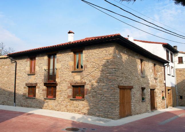 Casa rural salinas de ibargoiti navarra - Casa rural urduliz ...