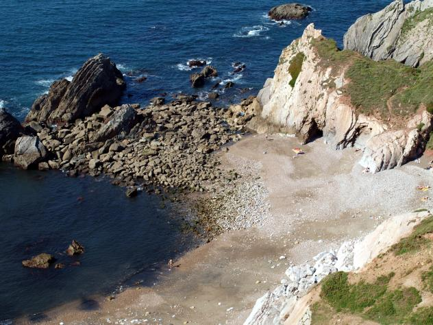 Playa del cuerno salinas asturias - Hotel salinas asturias ...