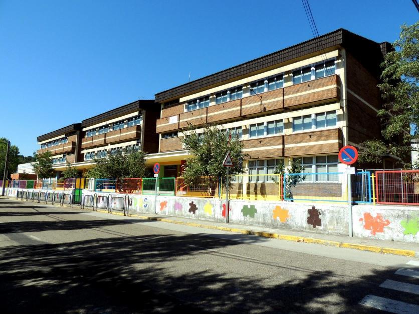 los tres bloques del colegio p blico las rozas guardo