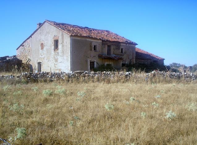 Antigua casa de labranza en ruinas martinez avila - Casa de labranza madrid ...