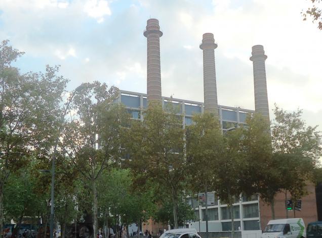 Las tres chimeneas barcelona - Chimeneas barcelona ...
