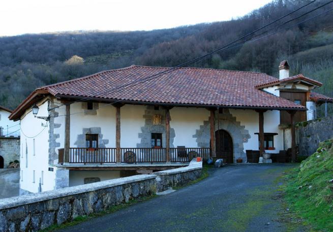 Casa de labranza oderitz navarra - Casa de labranza madrid ...