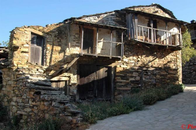 Casas Santa Cruz De Los Cuerragos Zamora