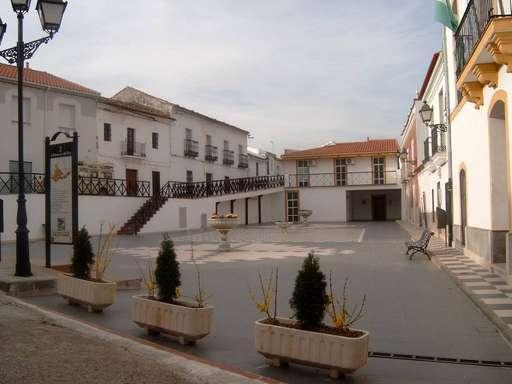 plaza del ayuntamiento villanueva del rey c rdoba