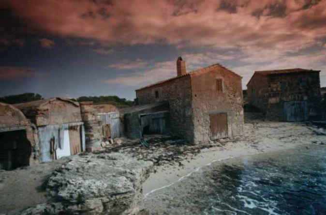 Casitas de pescadores playa es dolc colonia de sant - Casitas de playa ...