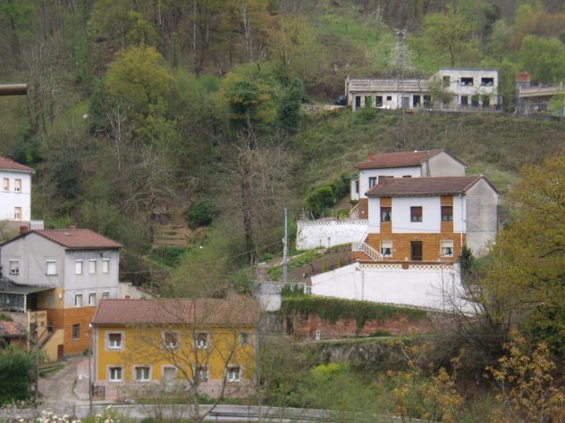 Las casas del valle santa barbara asturias - Casas montornes del valles ...