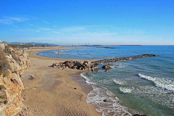 Playa vilanova i la geltru barcelona for Jardineria vilanova i la geltru