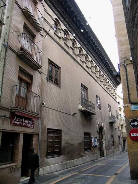Casa argensola de salou barbastro huesca - Casas en salou ...