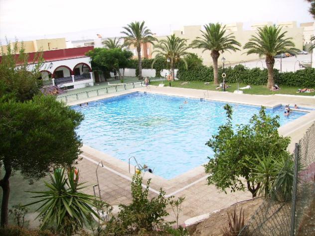 La piscina alhama de almeria almer a for Piscinas almeria