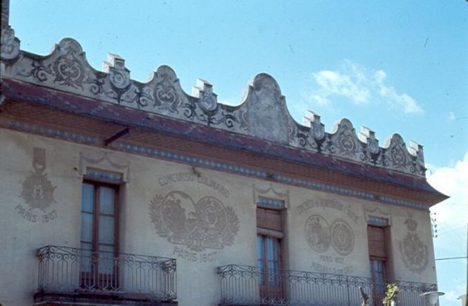 Fachada casa chue sant feliu de llobregat barcelona - Casas sant feliu de llobregat ...