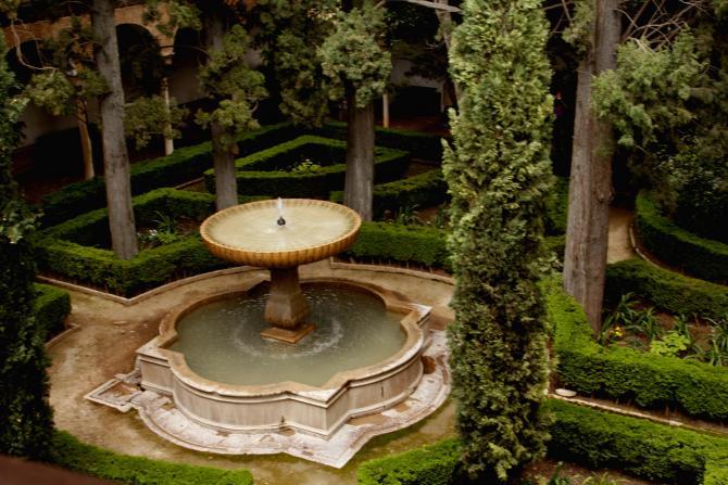 Patio de la alhambra granada for Patios de granada