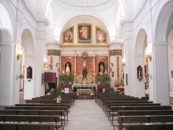 interior de la parroquia de san bartolom rociana del