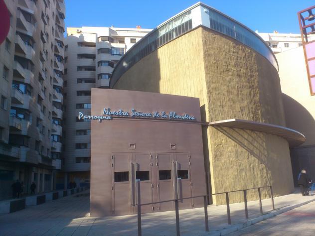 Parroquia Nª Señora De La Almudena Zaragoza