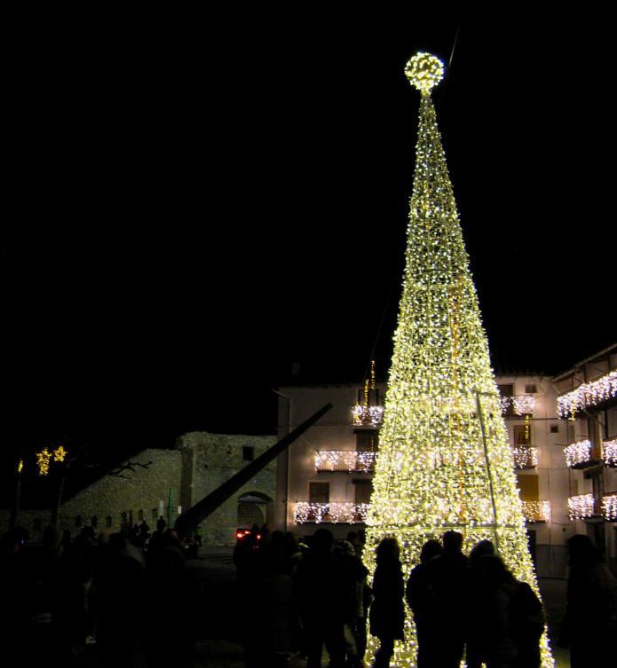 Iluminaci n de navidad morella castell n - Iluminacion de navidad ...