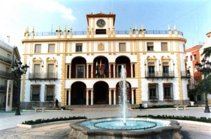 Ayuntamiento priego de cordoba c rdoba for Hotel rio piscina priego de cordoba
