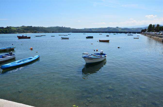 La Marea Alta Ciega Los Ojos Del Puente San Vicente De La Barquera Cantabria