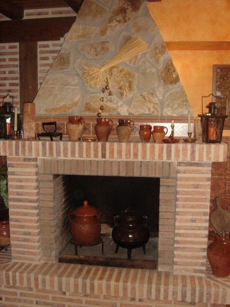 Chimenea y utensilios tradicionales marcilla de campos - Utensilios para chimeneas ...