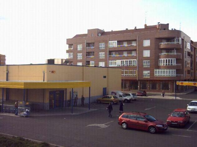barrio paraiso cantinas zona lidl trobajo del camino le n