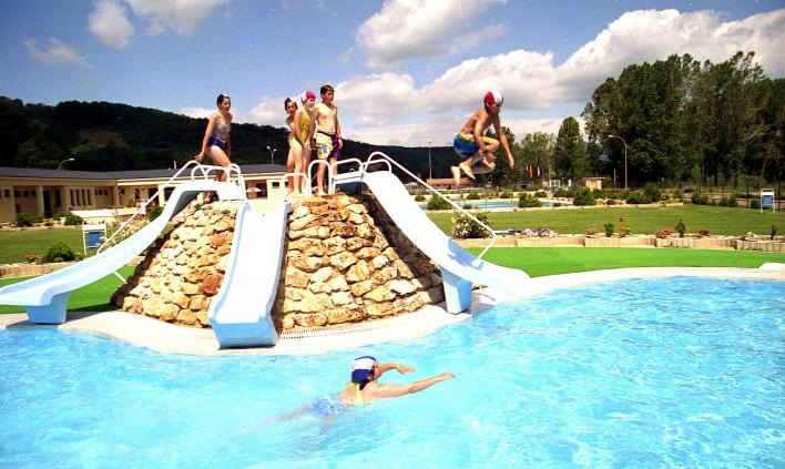 El curso de quinto en las piscinas municipales cervera de for Curso piscinas