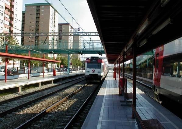 Vistas Renfe Estación Bellvitge L Hospitalet De Llobregat Barcelona
