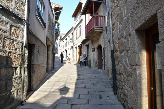 Calle empinada allariz orense - Hm calle orense ...
