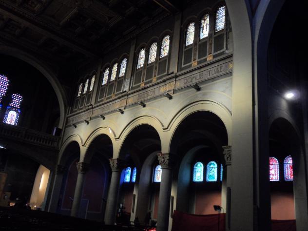 Interior de la catedral de sant lloren sant feliu de - Temperatura sant feliu de llobregat ...