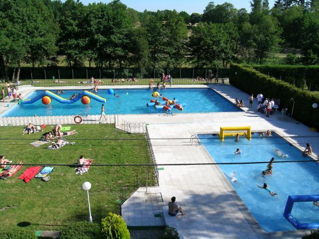 piscinas municipales friol lugo