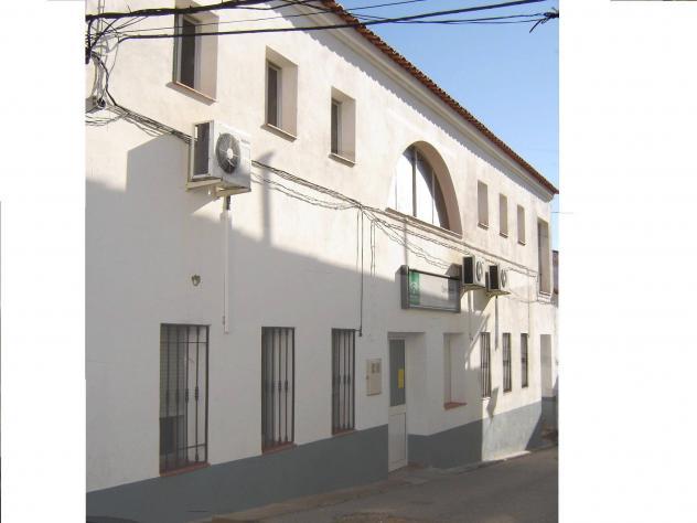 Consultorio m dico villanueva del rey c rdoba for Villanueva del rey