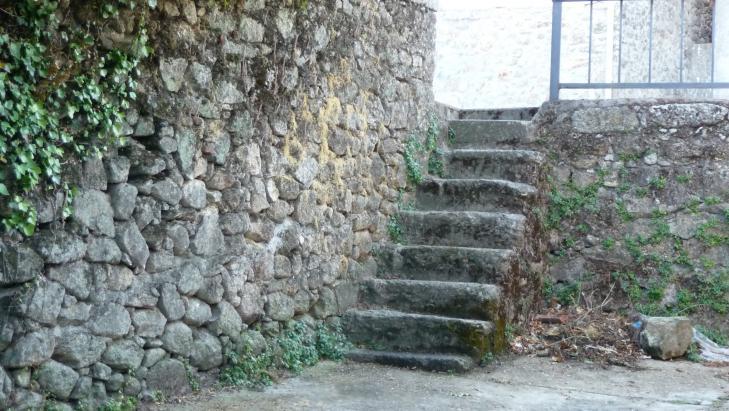 Escalera de piedra acebo c ceres - Escalones de piedra ...