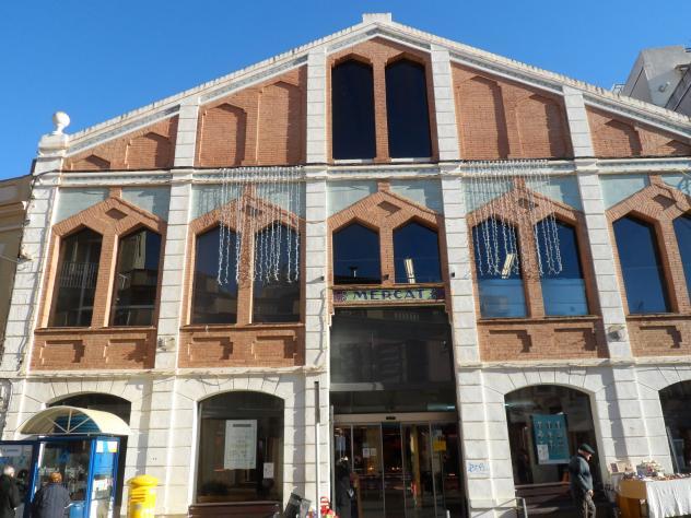 El mercado municipal sant just desvern barcelona - Tiempo en sant just desvern ...