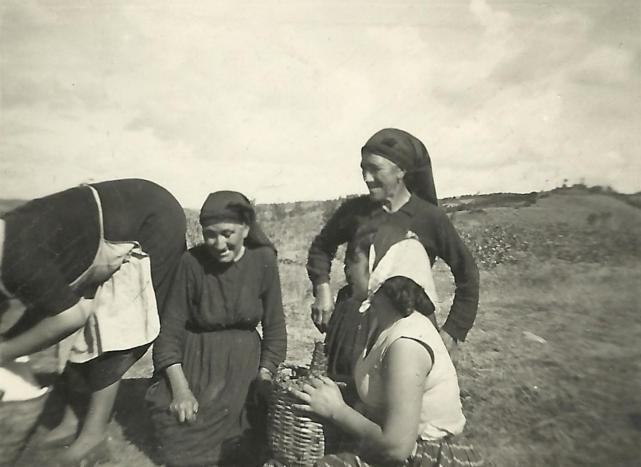 Fotos antiguas abuelas carrizo de la ribera le n - Empresas en dos hermanas ...