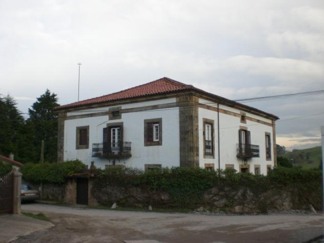 Casa de la marquesa sobremazas cantabria - Casas de pueblo en cantabria ...