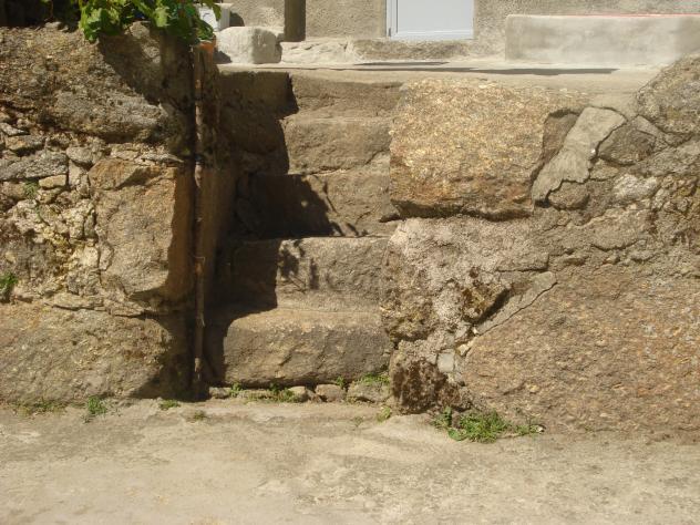 Escalera de piedra la garganta c ceres - Escalones de piedra ...