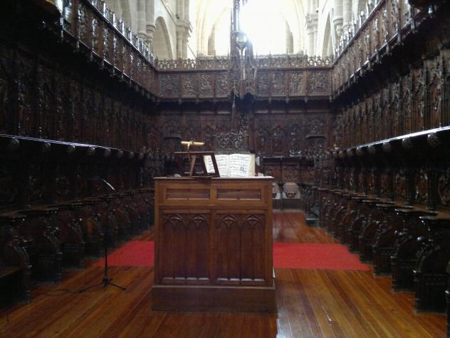 Estancia en el interior de la catedral zamora for Catedral de zamora interior