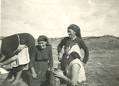Fotos antiguas dos hermanas carrizo de la ribera le n - Polveros en dos hermanas ...