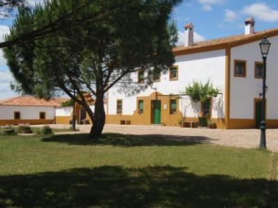 Casa rural dehesa de solana valencia de alcantara c ceres for Hoteles en valencia de alcantara
