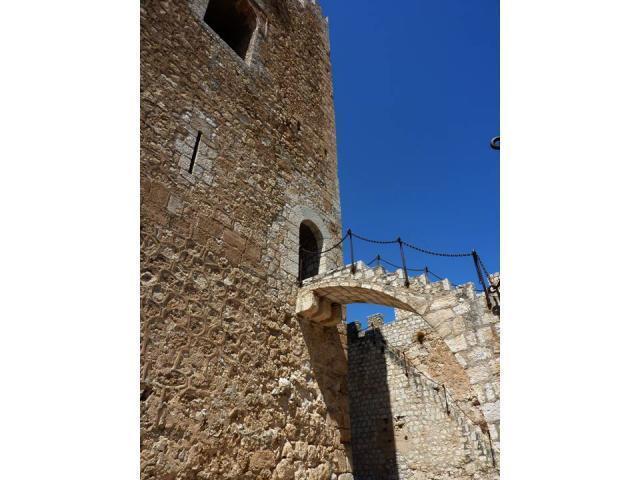Escalera de piedra del castillo alcala del jucar albacete - Escalones de piedra ...