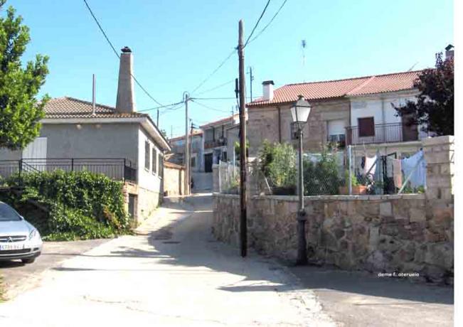 Casas las navas de buitrago madrid for Casas de sofas en madrid