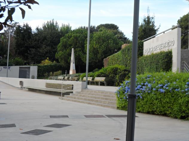 Plaza de la estaci n sant joan despi barcelona for Plaza de la estacion fuenlabrada