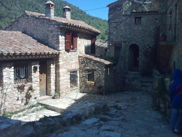 Casa de piedra farena tarragona - Casa de piedra porcuna ...